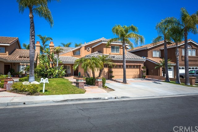 1045 S Windy Ridge Ct, Anaheim Hills, CA 92808 Photo