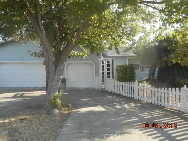 13394 Anchor, Clearlake Oaks CA: http://media.crmls.org/medias/61706ddf-f5c4-4efc-b76e-77bff6cca535.jpg