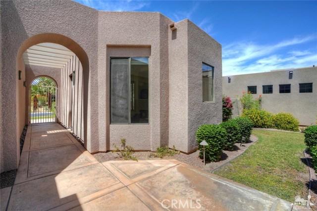 10 Via Haciendas, Rancho Mirage CA: http://media.crmls.org/medias/6172290b-e8db-4df4-a6fc-b5d4c772ed13.jpg