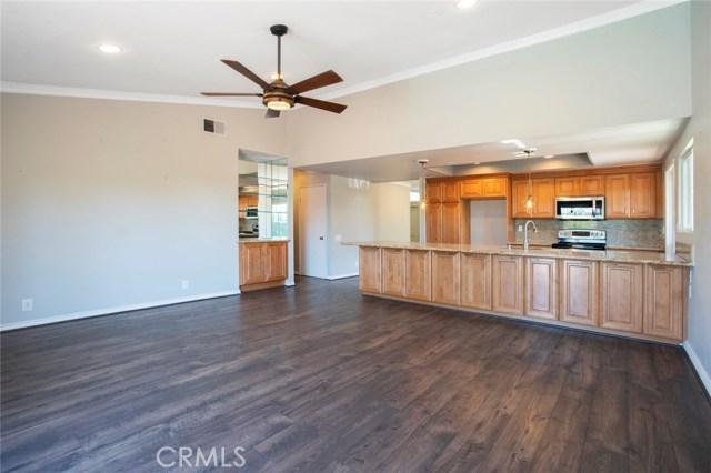 24842 Red Lodge Place, Laguna Hills CA: http://media.crmls.org/medias/617780e3-d89f-4b83-a3d9-0340c4e9ef5a.jpg
