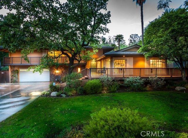 Single Family Home for Sale at 10281 Shadyridge St North Tustin, California 92705 United States
