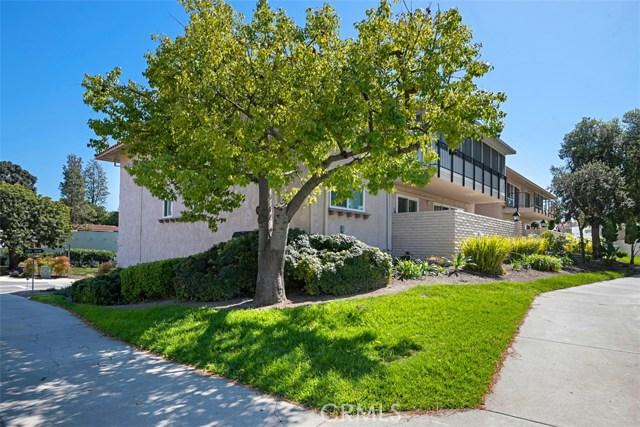 2237 E VIA PUERTA E Circle, Laguna Woods CA: http://media.crmls.org/medias/617b6aaa-c513-43e3-8bc7-3737e55d3af2.jpg