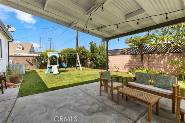 8652 Holly Way, Buena Park CA: http://media.crmls.org/medias/6182cf3b-32b9-44a9-acb2-c552944f92d7.jpg