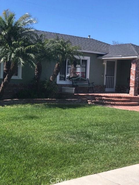 5470 E Garford St, Long Beach, CA 90815 Photo 1