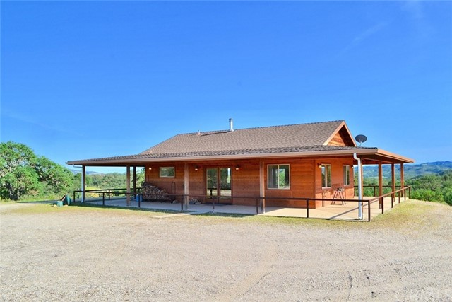 Single Family Home for Sale at 51420 Bradley Lockwood Road Lockwood, California 93426 United States