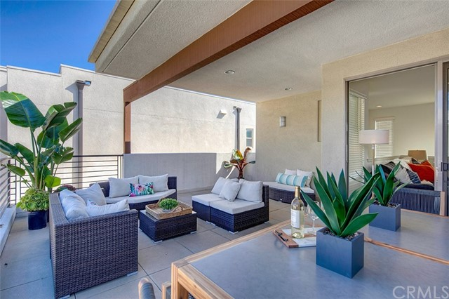 5254 Pacific Terrace - Hawthorne, California