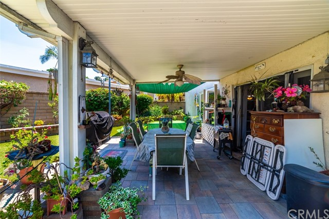 21755 Rimrock Street, Lake Forest CA: http://media.crmls.org/medias/61b053e0-70bd-4fb0-85c4-79aaf571c8f5.jpg