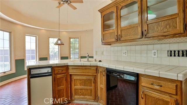 823 Glendenning Way, San Bernardino CA: http://media.crmls.org/medias/61d2eb42-c61f-42e5-877d-d10c608d8358.jpg