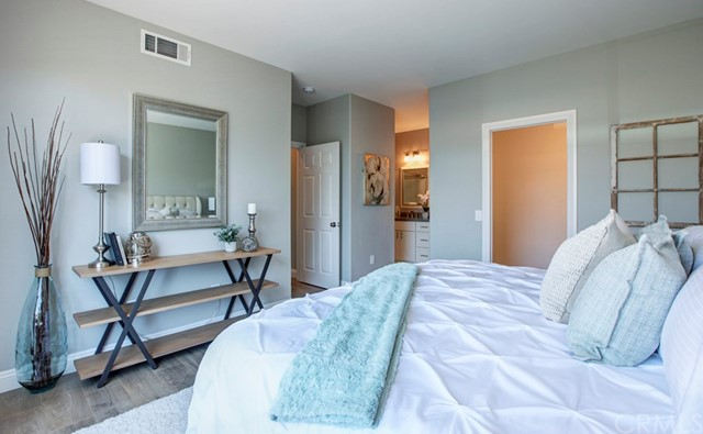 99 Pomelo, Rancho Santa Margarita CA: http://media.crmls.org/medias/61d85b32-01e5-4db5-8ff3-fec4770b9957.jpg