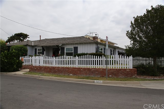 Single Family Home for Rent at 5450 Hilton Avenue Temple City, California 91780 United States