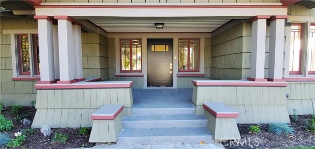 206 W 18th Street, Santa Ana CA: http://media.crmls.org/medias/61da9466-938e-4403-881e-7bf1d68de3c9.jpg