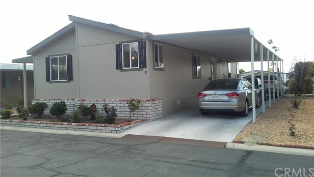 2205 W Acacia Unit 4 Hemet, CA 92545 - MLS #: IV18088566