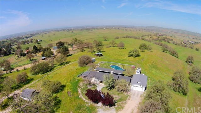Property for sale at 3670 Stage Springs Road, Creston,  CA 93432