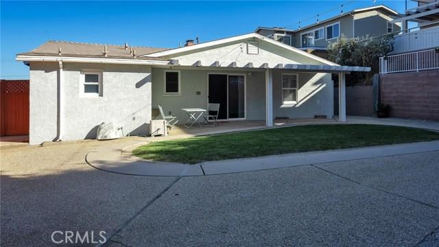 25929 Richville Drive, Torrance CA: http://media.crmls.org/medias/62101e02-43c4-4e6f-adc1-996fdb83907d.jpg