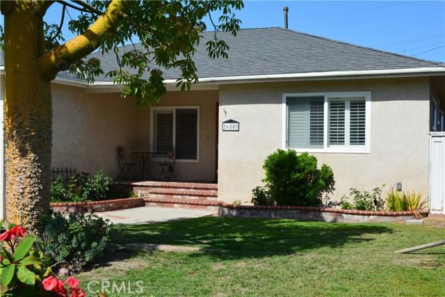 26508 President Avenue, Harbor City CA: http://media.crmls.org/medias/6219867f-442a-4d85-ab4c-d69a0756438d.jpg