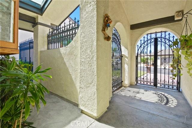 1920 W Windward Dr, Anaheim, CA 92801 Photo 2