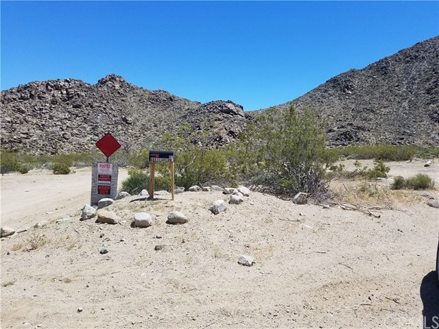 Land for Sale at 9001 E Carson Street Lucerne Valley, California 92356 United States