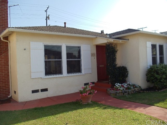 Single Family Home for Rent at 246 Ancona Drive Long Beach, California 90803 United States