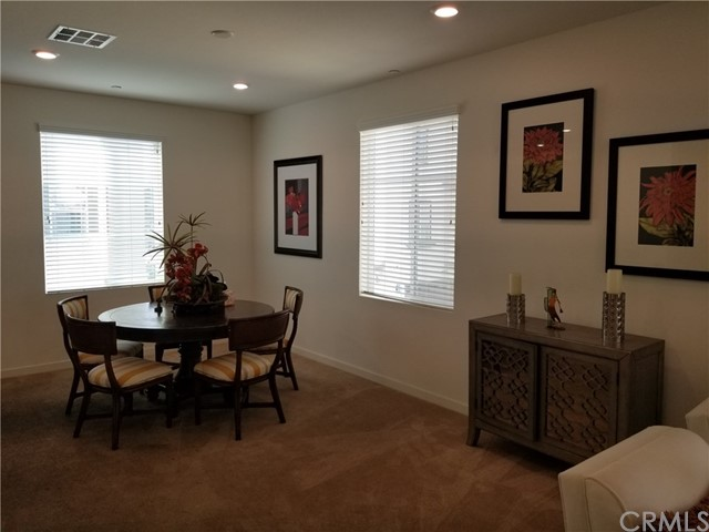 3118 Marigold Circle, Diamond Bar CA: http://media.crmls.org/medias/62478657-a3eb-4962-9098-80804258f6ef.jpg