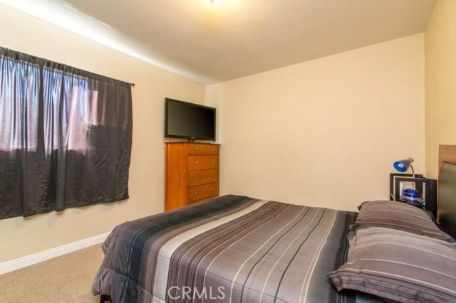 8218 Tokay Avenue Fontana, CA 92335 - MLS #: WS17184846