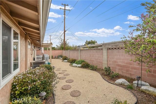1304 E Sandalwood Av, Anaheim, CA 92805 Photo 19