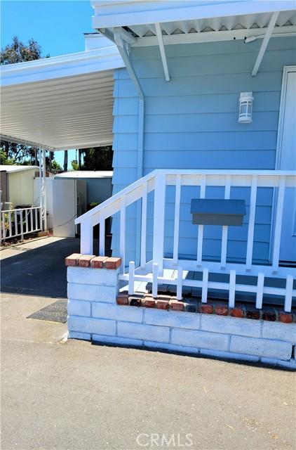6203 Golden Sands Lane, Long Beach CA: http://media.crmls.org/medias/62647102-d17b-4376-b8fb-b587d13807c5.jpg