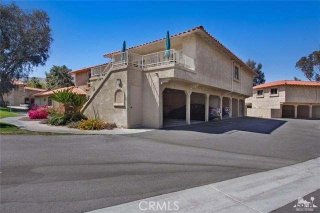 72862 Roy Emerson Lane, Palm Desert CA: http://media.crmls.org/medias/626779d1-8f5e-4a19-9a55-1dbf89095d7c.jpg