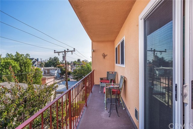 382 Coronado Av, Long Beach, CA 90814 Photo 9