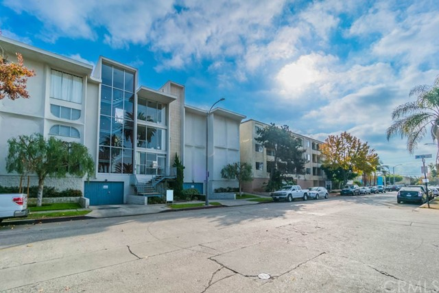 444 Obispo Avenue Unit 203 Long Beach, CA 90814 - MLS #: OC17276460