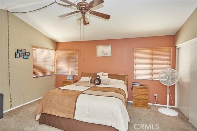 15900 Ninya Avenue, Moreno Valley CA: http://media.crmls.org/medias/627abb11-7f03-46a5-ad60-8346306fe6ac.jpg