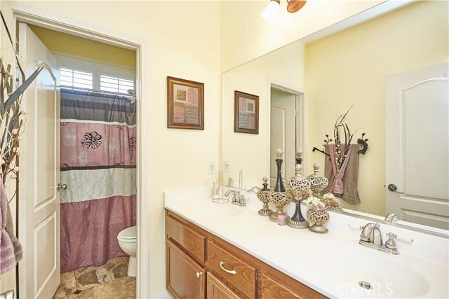 14955 Corlita Street, Victorville CA: http://media.crmls.org/medias/628eabb2-e5f1-4d4b-9ed1-421e003323fe.jpg
