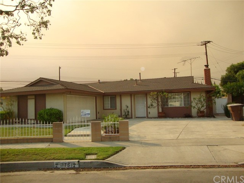 11751 Emerald Street Garden Grove, CA 92845 OC17232356