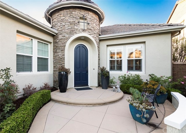 Photo of 15527 Orchid Ave, Tustin, CA 92782