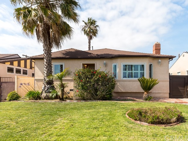 Single Family Home for Sale at 6333 83rd Street W Westchester, California 90045 United States