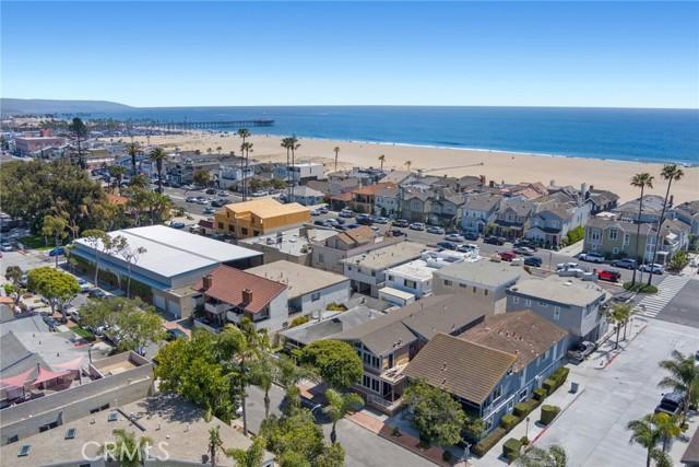 517 W BAY Avenue, Newport Beach CA: http://media.crmls.org/medias/62a0ff8a-0626-4e22-8bea-d3eed32ef83c.jpg