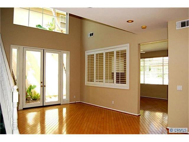 12 Santa Luzia Aisle, Irvine, CA 92606 Photo 3