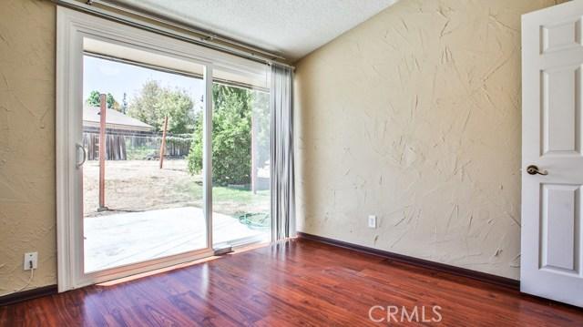 8944 Haskell Street, Riverside CA: http://media.crmls.org/medias/62b0eb6f-6a80-438b-9311-8890d9c532db.jpg