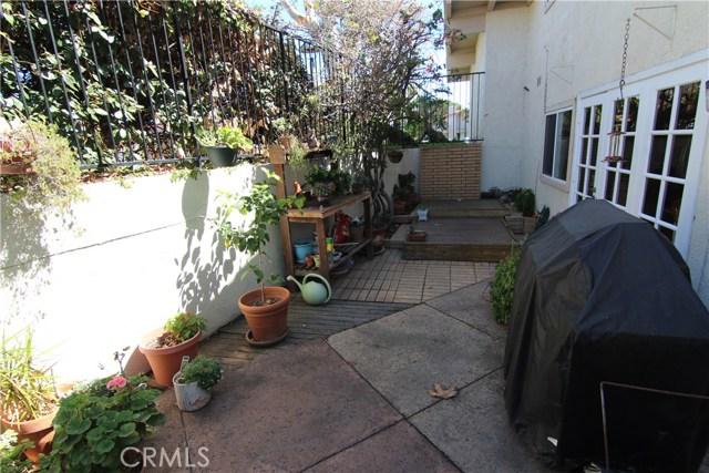 406 Plata, Newport Beach CA: http://media.crmls.org/medias/62bf6333-bbf1-49e2-9d62-5977a4260563.jpg