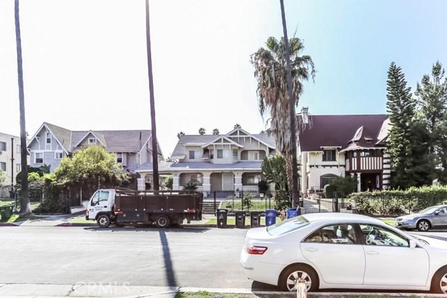 957 Arapahoe Street