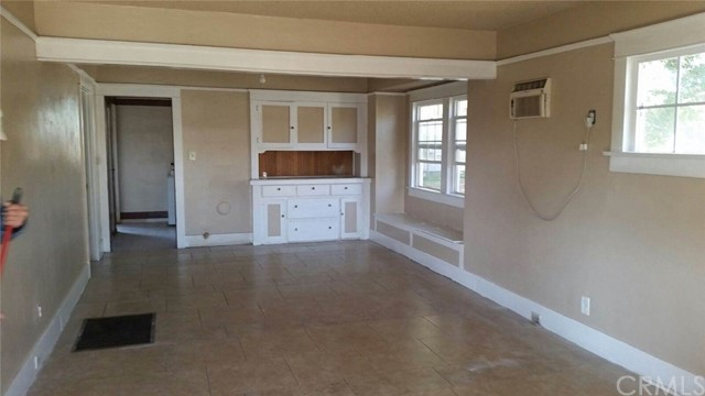 572 W 16TH San Bernardino, CA 92405 - MLS #: CV18260324