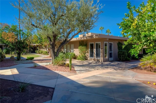 79308 Montego Bay Dr Drive, Bermuda Dunes CA: http://media.crmls.org/medias/62cd8c76-fb52-431b-b4d9-b6b35c821bfd.jpg