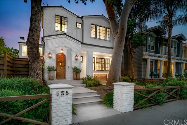 Photo of 555 35th Street, Manhattan Beach, CA 90266