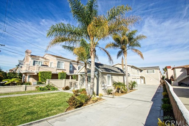 2613   Rockefeller Lane   , CA 90278 is listed for sale as MLS Listing PV15148098