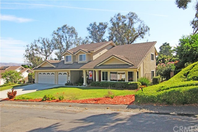 Photo of 290 S Via Montanera, Anaheim Hills, CA 92807