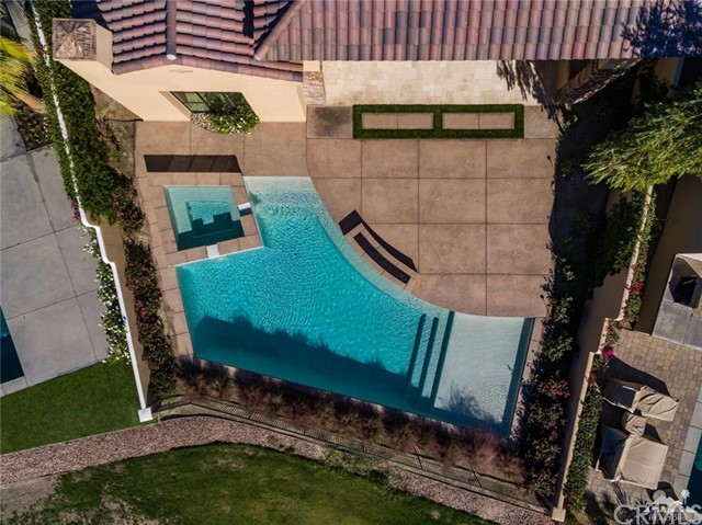 81775 Andalusia, La Quinta CA: http://media.crmls.org/medias/6325ecd8-032c-4219-ad51-57f9bc889f47.jpg