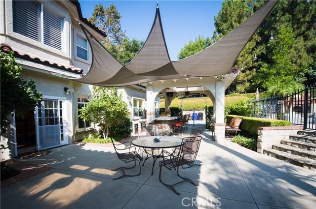 2476 Prospect Drive, Upland CA: http://media.crmls.org/medias/6328cdbf-2591-46ab-9300-f7c6d3e28dd9.jpg