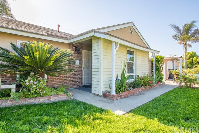 831 S Hampstead St, Anaheim, CA 92802 Photo 2