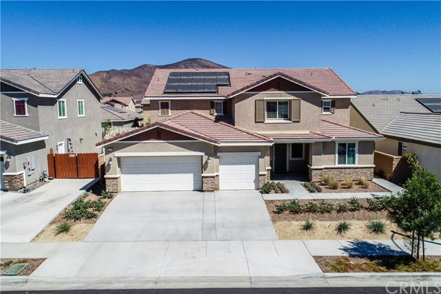 Photo of 35592 Royal Court, Winchester, CA 92596