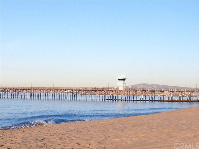 1111 Seal Way, Seal Beach CA: http://media.crmls.org/medias/63354400-9343-41f4-b5da-de9f9477b33e.jpg