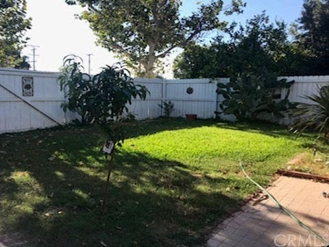 4802 E San Luis Street, Compton CA: http://media.crmls.org/medias/6337413f-0546-48a1-99ef-9124c7050e3e.jpg